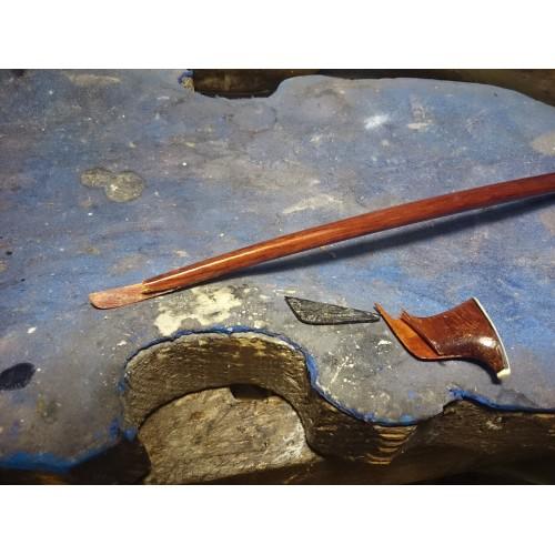 Reparación de la punta de arco de violin